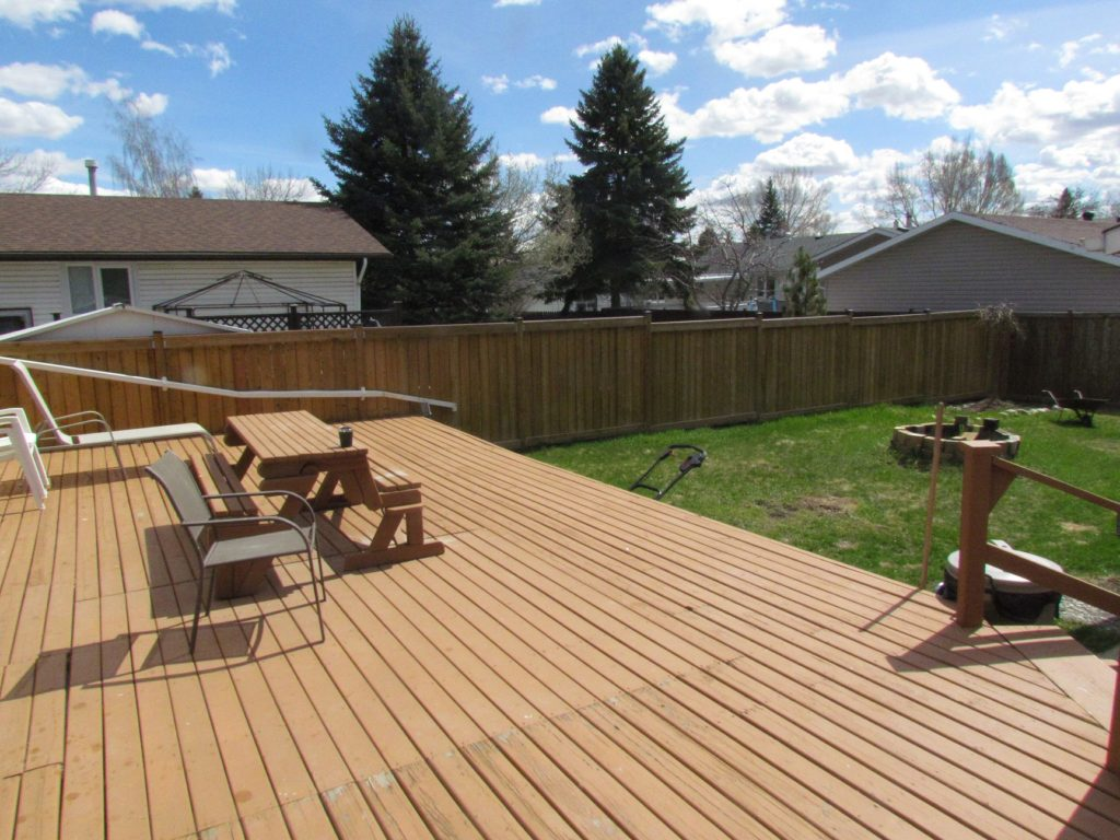 Oversized Backyard with Large Deck and Barbeque